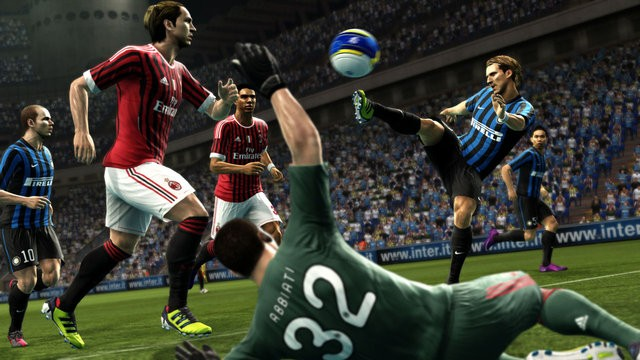 Pro Evolution Soccer 2015 jest oparte o technologie Fox Engine.