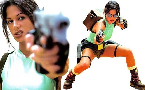Rhona Mitra to pierwsza modelka, która wcieliła się w postać legendarnej Lary Croft.