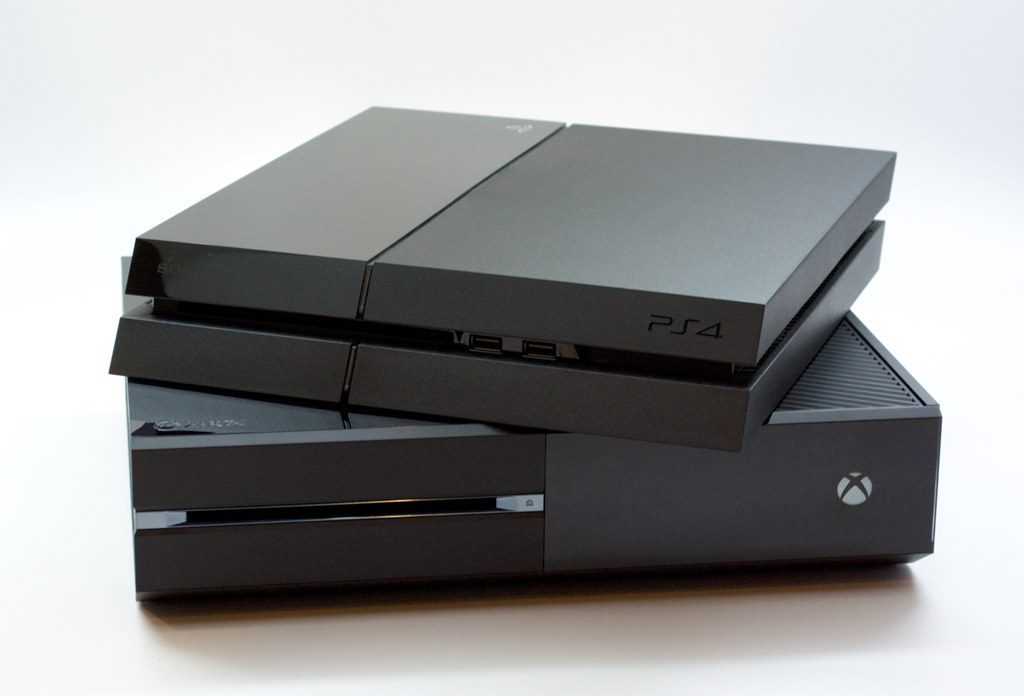 PS4-Xbox-One-PlayStation-4